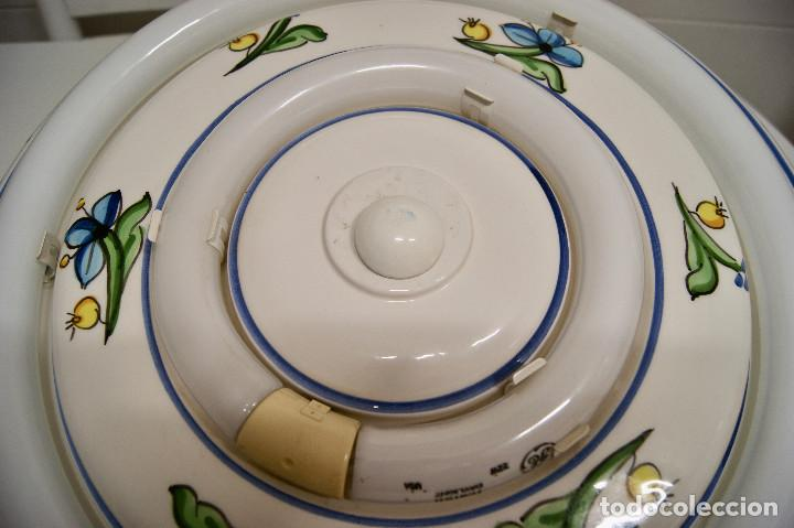 Vintage: plafón de cerámica con fluorescentes de gran tamaño - Foto 3 - 220065736