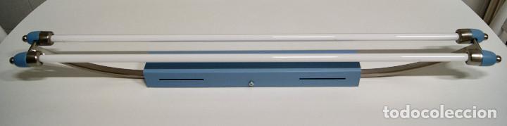 Vintage: plafón azul y niquel con fluorescentes alargado - Foto 2 - 220066225