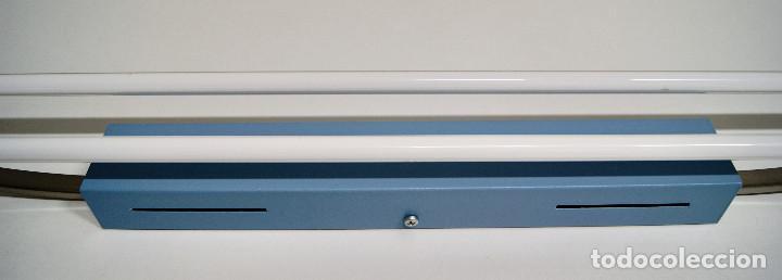 Vintage: plafón azul y niquel con fluorescentes alargado - Foto 4 - 220066225