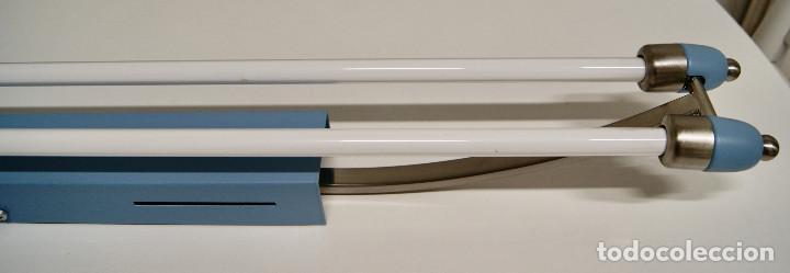 Vintage: plafón azul y niquel con fluorescentes alargado - Foto 5 - 220066225