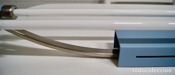Vintage: plafón azul y niquel con fluorescentes alargado - Foto 7 - 220066225