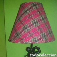 Vintage: LAMPARA DE MADERA TALLADA (JUGADOR DE GOLF) 57 CM. ALTO. Lote 221844963
