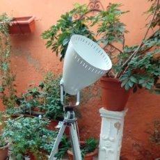 Vintage: TRIPODE LAMPARA SCHIANSKY KINO NEIGER-INDUSTRIAL. Lote 226636304