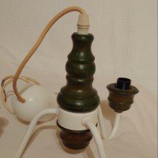 Vintage: LAMPARA DE TECHO EN MADERA Y METAL LACADO. Lote 232537310