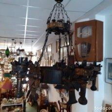 Vintage: LAMPARA DE HIERRO RUSTICA. Lote 234838480