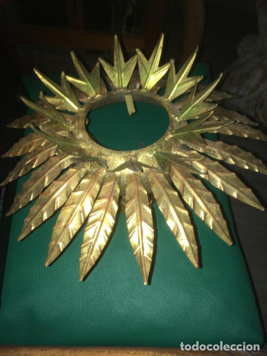 LAMPARA APLIQUE DE TECHO GIRASOL SOL , DORADO. MIDE 35 X 22 CMS. (Vintage - Lámparas, Apliques, Candelabros y Faroles)