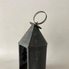 Vintage: FAROL CANDIL PARA VELAS TIPO ARABE DE CHAPA DE METAL.. Lote 236120490