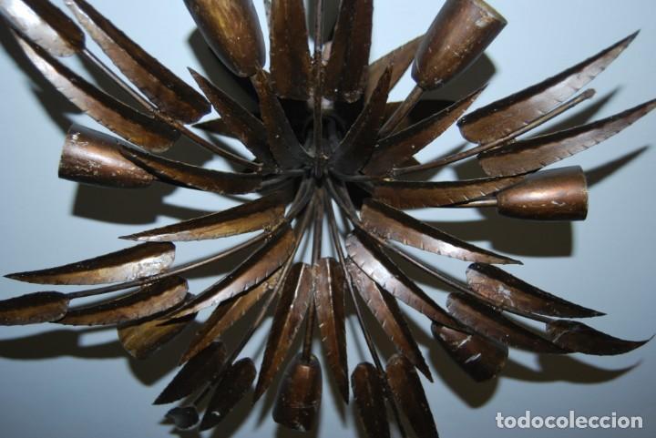 Vintage: LÁMPARA PALMERA - METAL DORADO - HOJAS - 7 PTOS DE LUZ - FERRO ART - AÑOS 60 - FERROART - 70 CM. - Foto 5 - 236387020