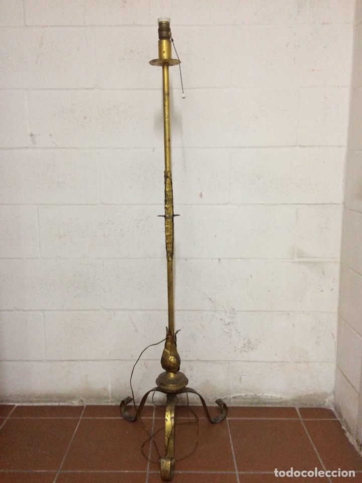 LÁMPARA ORIGINAL AÑOS 60 CON PAN DE ORO (Vintage - Lámparas, Apliques, Candelabros y Faroles)