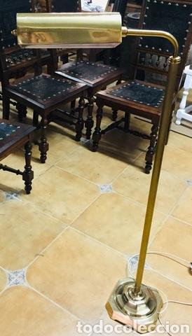 Vintage: Lámpara de pie de latón - Foto 4 - 239361865
