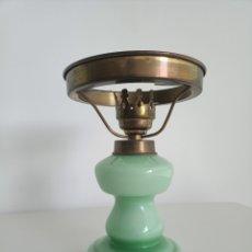 Vintage: QUINQUÉ OPALINA VERDE.. Lote 244866060