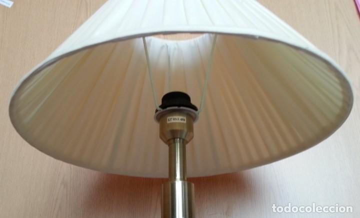 Vintage: Lámpara de mesa. Mástil de mármol. Años 70. - Foto 3 - 253436070