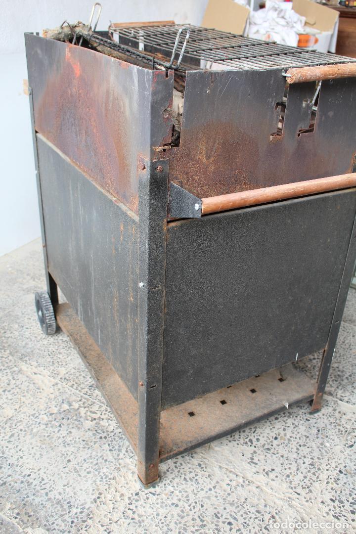 Vintage: barbacoa con ruedas - Foto 2 - 254484710