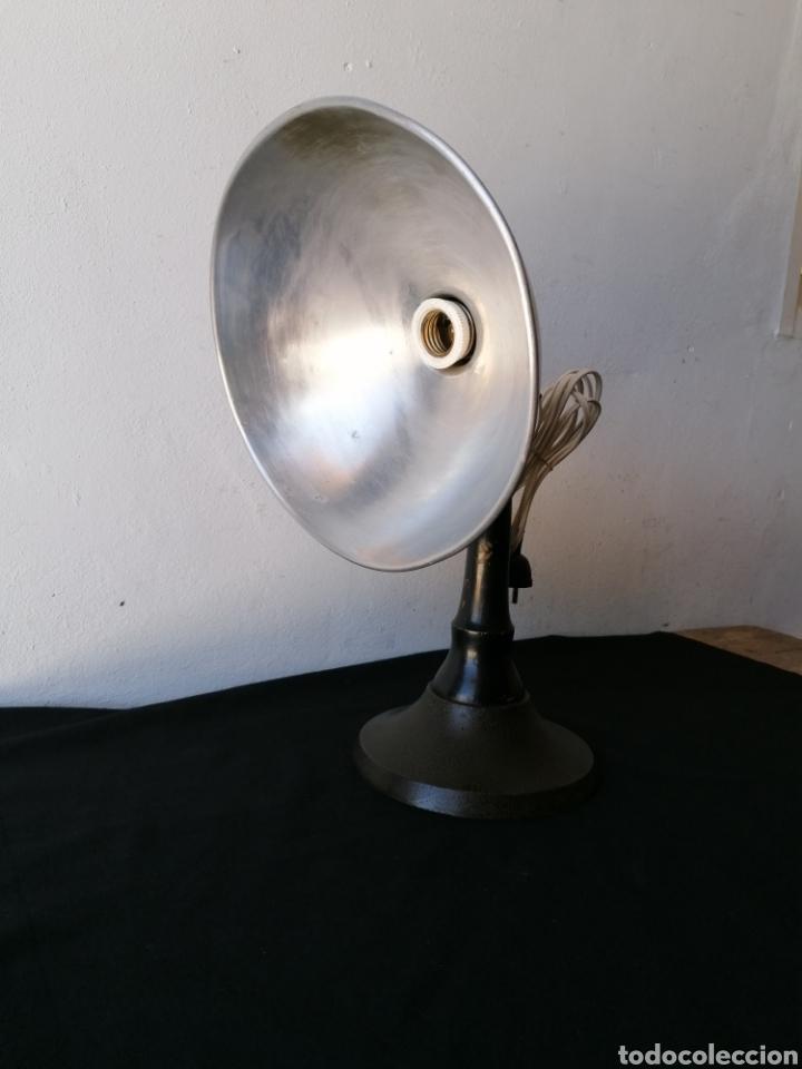 Vintage: Lámpara de sobremesa industrial vintage - Foto 4 - 262080890