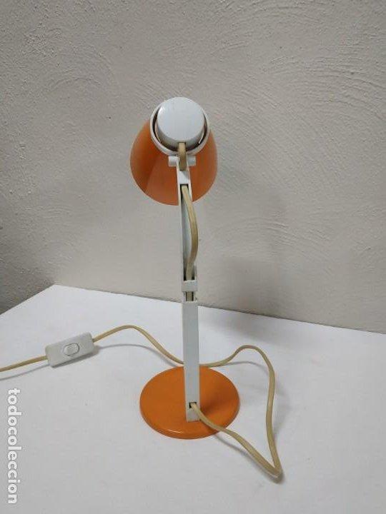 Vintage: Bonita y original lampara de diseño vintage en naranja butano. Funcionando correctamente. Flexo - Foto 7 - 268893814