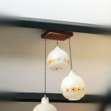 Vintage: LAMPARA TECHO TRES ALTURAS MID CENTURY AÑOS 60 // VINTAGE RETRO CRISTAL FLORES BOHO CHIC NORDICO. Lote 271016968