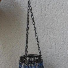 Vintage: PORTAVELAS LAMPARA BASE DE CRISTAL ADORNOS EN METAL Y CRISTALES AZULES – PARA COLGAR - VINTAGE. Lote 292313013