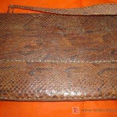 Vintage: BOLSO DE AUTENTICA PIEL DE SERPIENTE PITON. Lote 26786840