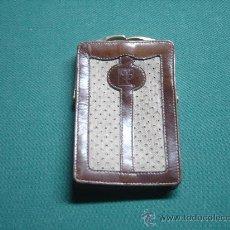 Vintage: MONEDERO AÑOS 60. PIEL Y TELA. Lote 29174329