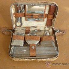 Vintage: ANTIGUO JUEGO DE TOCADOR Y MANICURA, AÑOS 50S 60S. COMPLETO.. Lote 29707522