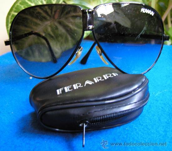 Vintage: Auténticas gafas vintage tipo aviador década 70-80 plegables Marca FERARRI con funda original - Foto 2 - 30632607