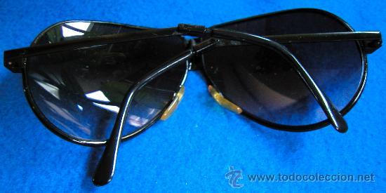 Vintage: Auténticas gafas vintage tipo aviador década 70-80 plegables Marca FERARRI con funda original - Foto 5 - 30632607