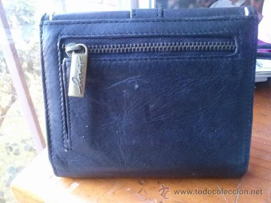 Vintage: Pequeña cartera de piel, de mujer. Amplio tarjetero; pequeño bolsillo trasero.11,9 x 9,9 cms. - Foto 10 - 33800161
