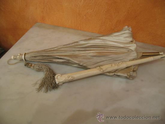 Vintage: Antigua sombrilla en seda con mango y puntera de marfil tallado y plegable.Preciosa talla - Foto 4 - 36438475