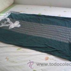 Vintage: PRECIOSA CHILABA DE COLOR VERDE Y RAYAS. TAMAÑO ADULTO.. Lote 39283910