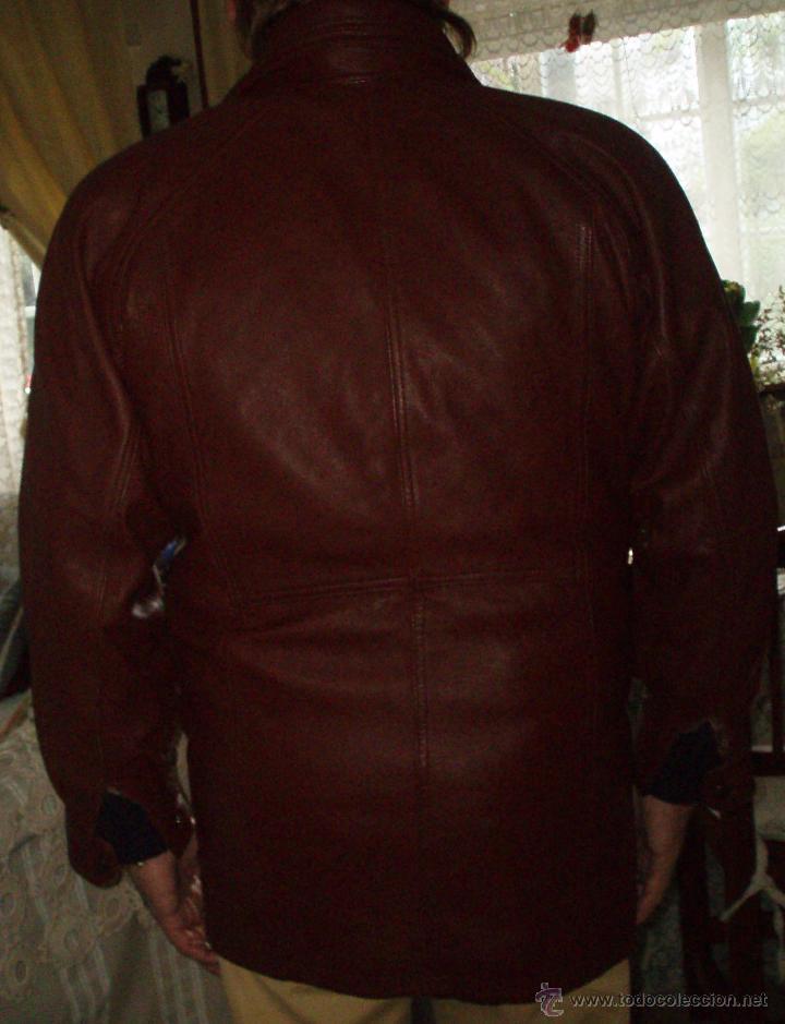 Vintage: chaqueta de piel talla grande - Foto 2 - 40668274
