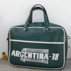 Vintage: FABULOSO! BOLSO 100% ORIGINAL VINTAGE ANTIGUO ARGENTINA 78 POLI PIEL VERDE MUNDIAL . Lote 41866414