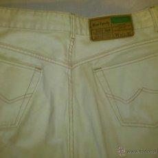 Vintage: PANTALONES BENETTON. VAQUEROS BLANCOS, BOTONES W36 L35 MOD 708 BLUE FAMILY. Lote 42184601