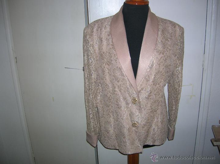 ELEGANTE CHAQUETA TALLA 48 (Vintage - Moda - Mujer)