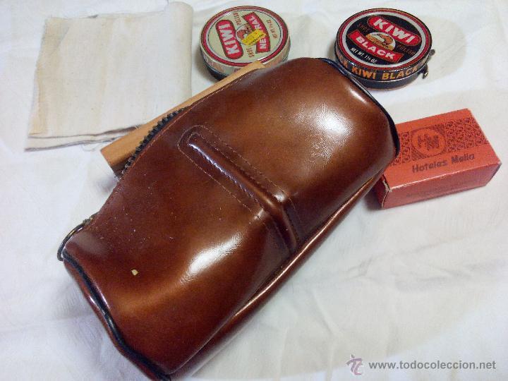 Vintage: Estuche marca amity. con accesorios para la limpieza del calzado. estuche de los años 50 - Foto 3 - 49040071