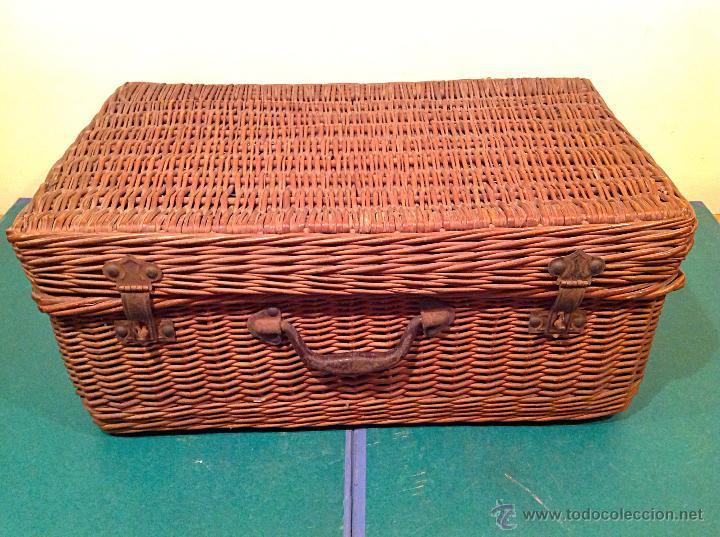 Vintage: Antigua cesta mimbre maleta original con cierre y agarradera original de época. - Foto 2 - 49304579