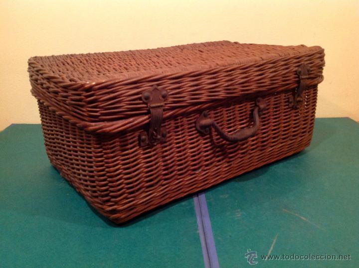 Vintage: Antigua cesta mimbre maleta original con cierre y agarradera original de época. - Foto 3 - 49304579