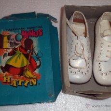 Vintage: CAJA DE ZAPATOS INFANTILES,AÑOS 50,MARCA RATÍN,SACADAS DE UNA VIEJA ZAPATERÍA. Lote 50549806