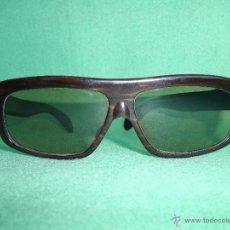 Vintage: IMPRESIONANTES GAFAS CARSAN EXODO AÑOS 50 VINTAGE ACETATO MARRON NACARADO MOD DESIGN. Lote 52280565