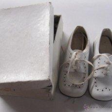 Vintage: ZAPATOS VINTAGE. ZAPATOS INFANTIL CON CAJA. DE PIEL. AÑOS 50. VER FOTOS. Nº 21. Lote 54665196