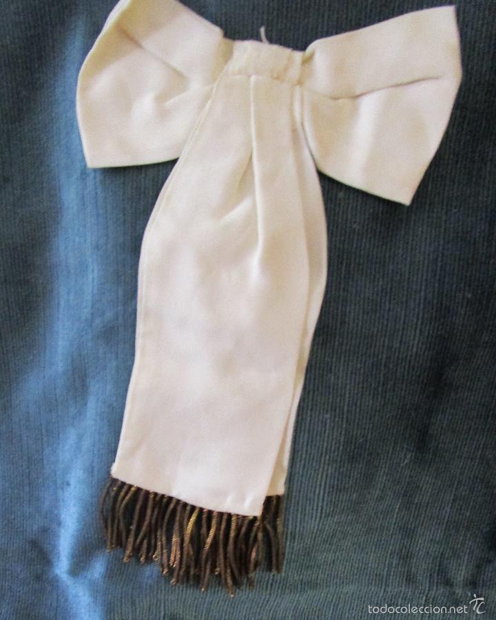 Vintage: Lazo de seda de 1ª Comunión bordado en oro y flecos. Años 1950 - Foto 3 - 147412254