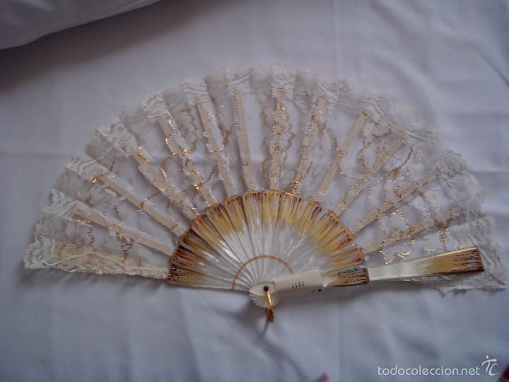 Vintage. Bonito abanico de novia. Nuevo sin uso. Casa Carbonell. 1960. ENVIO GRATIS. segunda mano