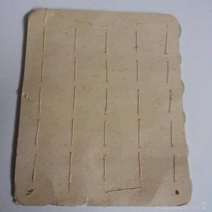 Vintage: BLISTER COMPLETO CON 30 BOTONES DE TIENDA DE CONFECCION FINAL DE LOS 50, SASTRE, MODA. - Foto 3 - 56859619