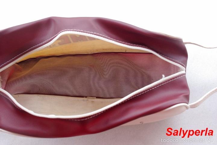 Bolsa para guardar zapatillas de deporte a os 7 comprar for Zapatillas paredes anos 70