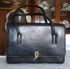 Vintage: ANTIGUO BOLSO DE PIEL DE SERPIENTE. NEGRO.. Lote 70583693