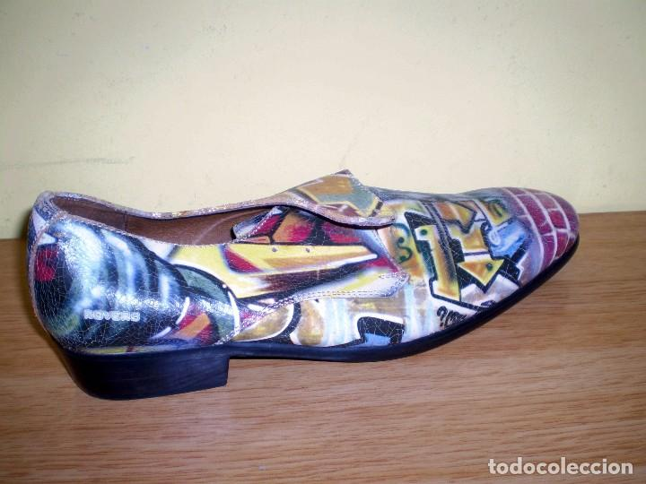 Vintage: Zapatos de diseño grafiteados en piel de la casa rovers.Numero 44. - Foto 3 - 72429211
