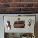 Vintage: ESTUCHE DE VIAJE AÑOS 50/60. Lote 77583105