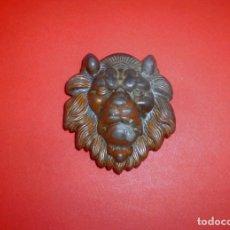 Vintage: HEBILLA CABEZA DE LEON PARA CINTURON DE 5 CM DE ANCHO.. Lote 78290817