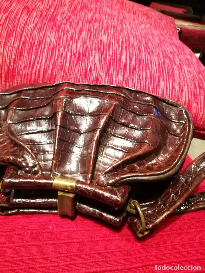 Vintage: Bolso vintage pequeño de piel de cocodrilo - Foto 2 - 81415440