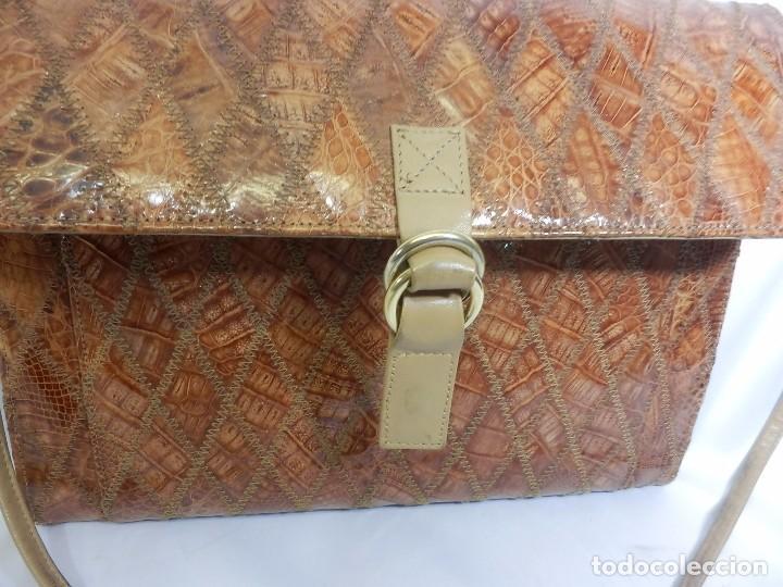 Vintage: Bolso Vintage de piel o similar. 33x29 cm - Foto 3 - 82457288
