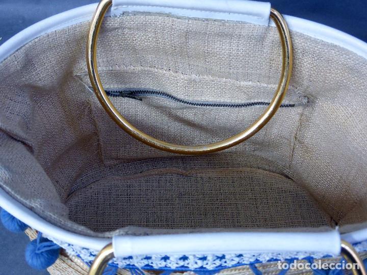 Vintage: Cesto bolso paja con borlas y asas metal años 60 - Foto 4 - 83129784
